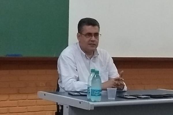 """""""Os políticos de hoje estão fugindo do povo, o Iris não"""", afirma Secretário de comunicação de Goiânia"""