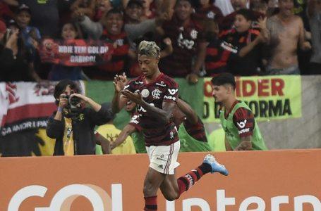 Clássico é clássico! Rivalidade é inspiração em jogo de oito gols e duas viradas, Flamengo e Vasco empatam no Maracanã