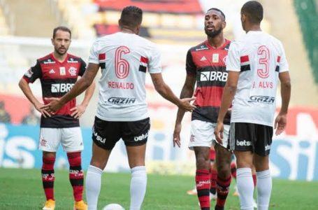 O futebol nas histórias casuais e nos pés dos gigantes nacionais